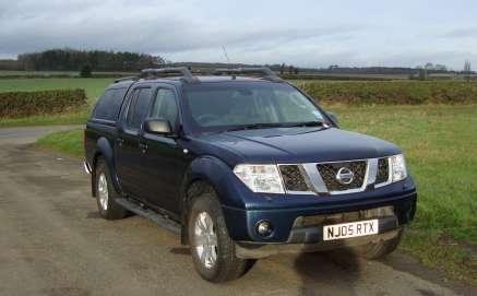 NISSAN NAVARA 2.5 Dci OUTLAW DOUBLECAB PICKUP
