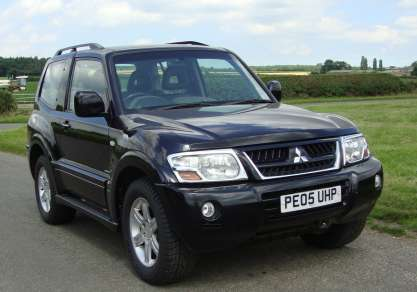 MITSUBISHI SHOGUN  3.2 Did 3 DOOR AUTO