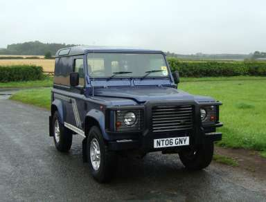 LANDROVER 90 Td5 COUNTY HARDTOP