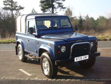 LAND ROVER 90 COUNTY TRUCKCAB