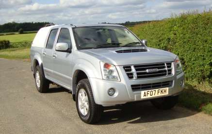 ISUZU RODEO DENVER  DOUBLECAB PICKUP