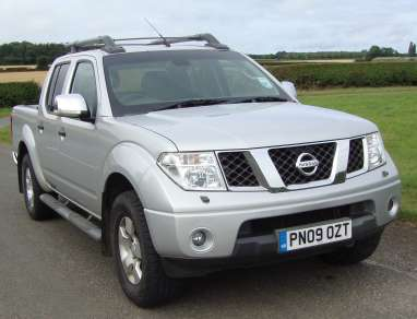 NISSAN NAVARA 2.5 Di OUTLAW DOUBLECAB PICKUP