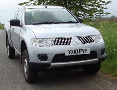 MITSUBISHI L200 2.5 DID 4WORK CLUB CAB PICKUP