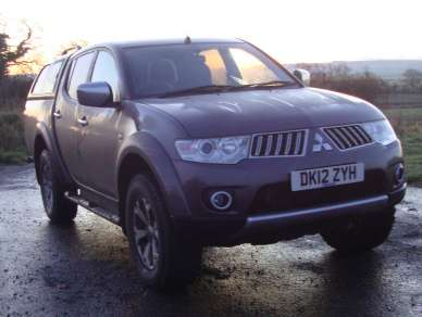 MITSUBISHI L200 2.5 DID WARRIOR DOUBCAB PICKUP