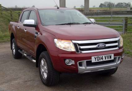 FORD RANGER 3.2 LTD DOUBLECAB PICKUP