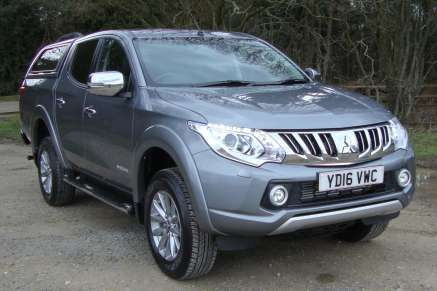 MITSUBISHI L200 2.4 DID WARRIOR DOUBLECAB PICKUP