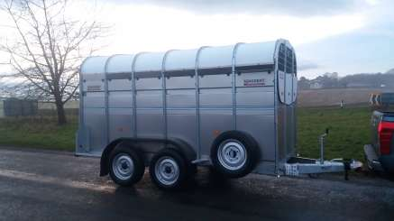 NUGENT 12FT CATTLE TRAILER