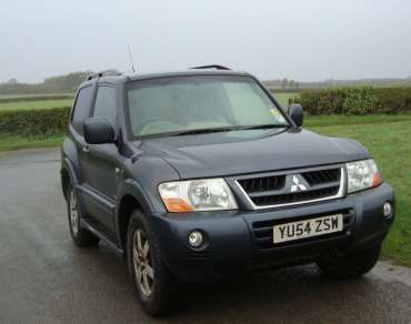 MITSUBISHI SHOGUN 3.2 DiD 4 WORK VAN