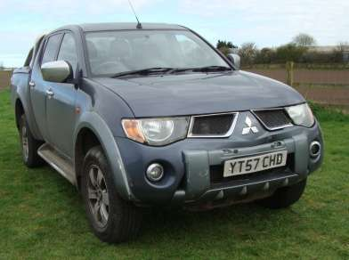 MITSUBISHI L200 2.5 Did AUTO DIAMOND PICKUP