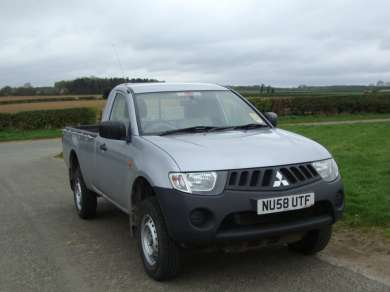 MITSUBISHI L200 4 WORK 2.5 DID SINGLECAB PICKUP