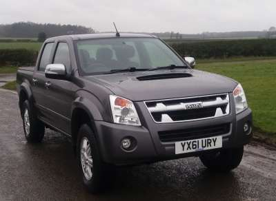 ISUZU RODEO DENVER 2.5 T/D 4X4 DOUBLE CAB PICKUP