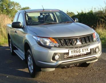 MITSUBISHI L200 SERIES 5 CLUB CAB PICKUP