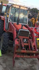 MASSEY FERGUSON 690 4WD TRACTOR with Power Loader