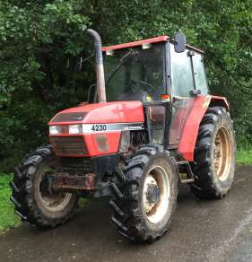 CASE INTERNATIONAL 4230 4WD TRACTOR