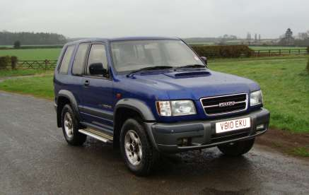 ISUZU TROOPER 3.0 TD 3 DOOR