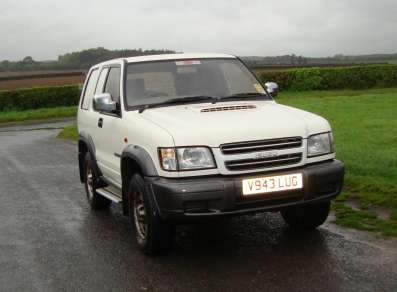 Isuzu Trooper 3.0 3 door van