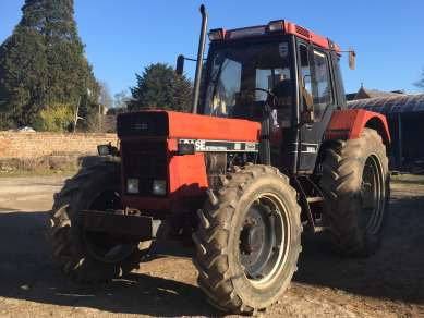 INTERNATIONAL 956 XL 4WD TRACTOR