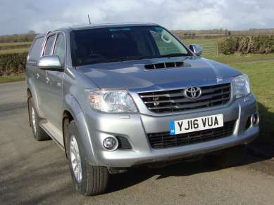 TOYOTA HILUX 2.5 D4D ICON DOUBLECAB PICKUP