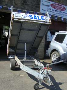 HUMBAUR TIPPING TRAILER