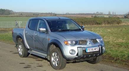 MITSUBISHI L200 2.5 DI-D ANIMAL D/CAB PICKUP