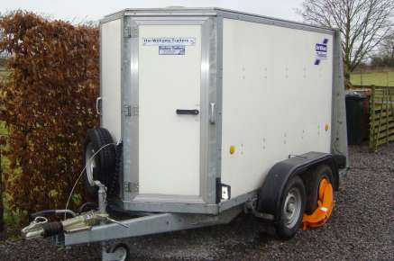USED IFOR WILLIAMS BOX VAN TRAILER