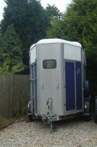 IFOR WILLIAMS HB505R DOUBLE HORSE TRAILER