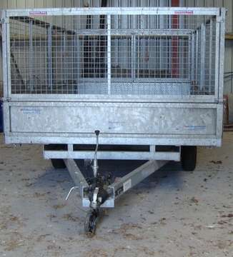 INDESPENSION FLAT BED TRAILER