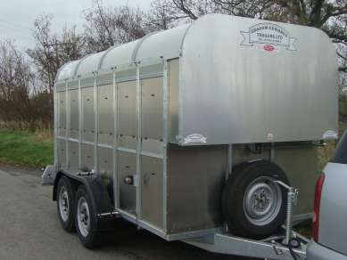 GRAHAM EDWARDS 12FT CATTLE TRAILER