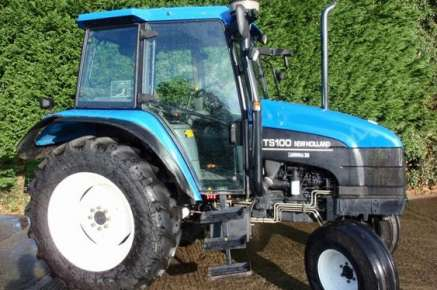 NEW HOLLAND TS100 2WD TRACTOR