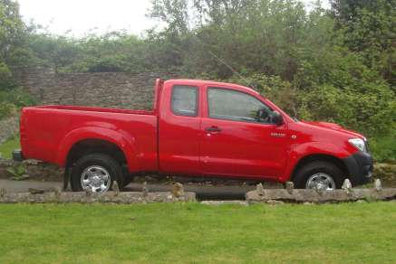 TOYOTA HILUX HL2 EXTRACAB PICKUP