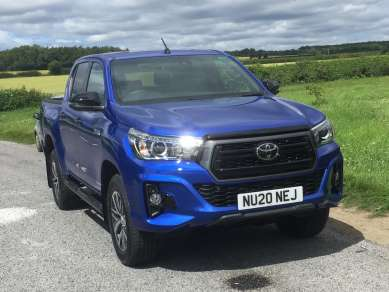 TOYOTA HILUX 2.4 D4d INV X DOUBLECAB PICKUP
