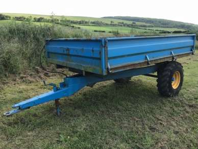 3/4 TONNE TIPPING TRAILER