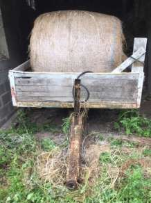 USED 3/4 TONNE WOODEN TIPPING TRAILER