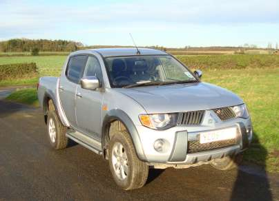 MITSUBISHI L200 2.5 DiD WARRIOR DOUBLECAB