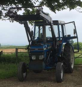 FORD 6610 SERIES 2 2WD WITH POWER LOADER