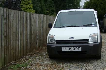 FORD TRANSIT CONNECT 200 L VAN