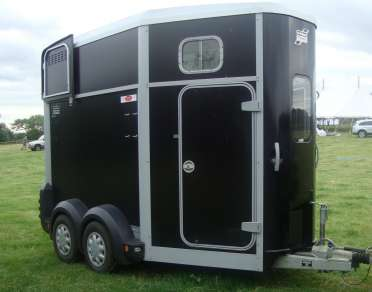 IFOR WILLIAMS HB506 HORSE TRAILER