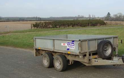 IFOR WILLIAMS 8fT FLAT BED TRAILER
