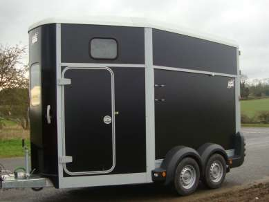 IFOR WILLIAMS DOUBLE HORSE TRAILER
