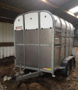 NUGENT 8ft CATTLE TRAILER